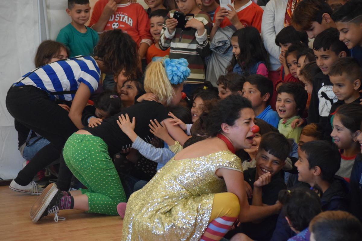 Performance in refugee camp Preševo Serbia