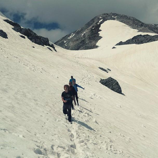 mountain people hiking